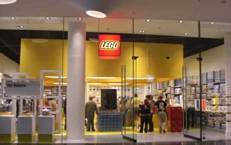 brand architecture lego store frankfurt w40 architects germany. Black Bedroom Furniture Sets. Home Design Ideas