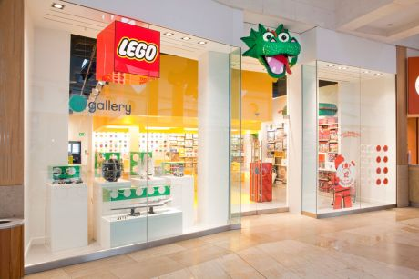 Innenausbau lego stores w40 interiors gmbh wiesbaden for Lago store outlet